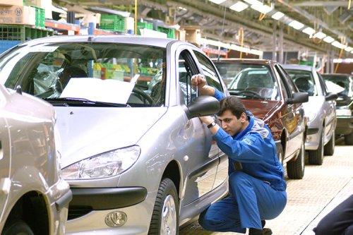 خودروسازان فعلا حق پیش فروش ندارند