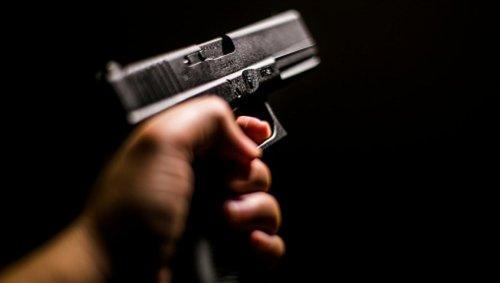 قانون حمل اسلحه در ایران چیست و چه مجازاتی در انتظار حاملان غیرقانونی اسلحه است؟
