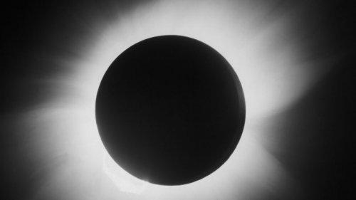 خورشید گرفتگی بزرگی که اینشتین را به شهرت رساند