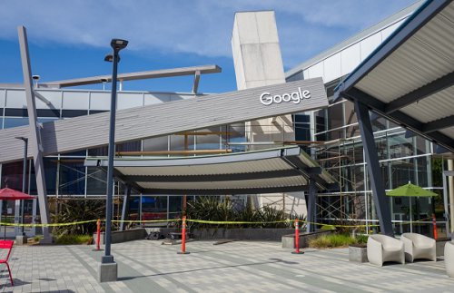 وزارت دادگستری آمریکا گوگل را به خاطر انحصارطلبی مورد پیگرد قرار میدهد