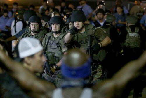 عضویت صدها پلیس آمریکایی در گروههای افراطی و نژادپرستی فیسبوک