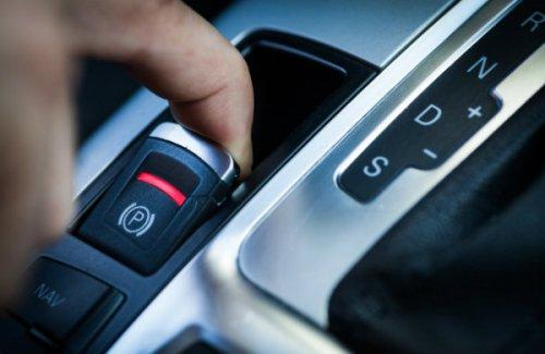 امکانات استاندارد تویوتا برای سال 2020: سیستم خاموش شدن اتوماتیک موتور و ترمز دستی خودکار