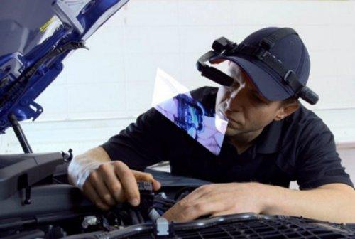 ب ام و از عینک های هوشمند برای تسهیل تعمیر خودروها استفاده می کند