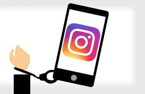 سنای آمریکا به دنبال ممنوعیت ویژگی های اعتیادآور شبکههای اجتماعی
