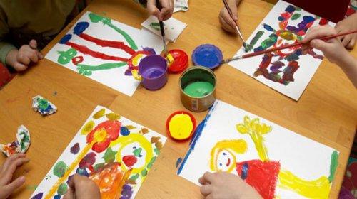 نقاشیهای کودکان بیمار 38 کشور توسط یک استارت آپ ایرانی به عروسک تبدیل میشوند