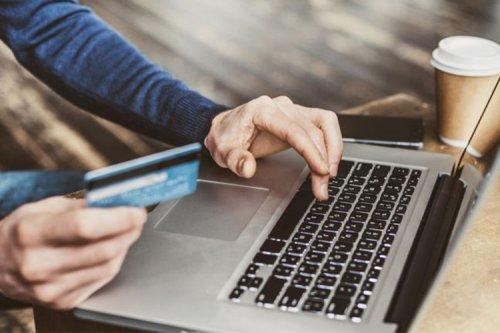 کاهش تراکنشهای بانکی در پی اجباریشدن رمز دوم پویا